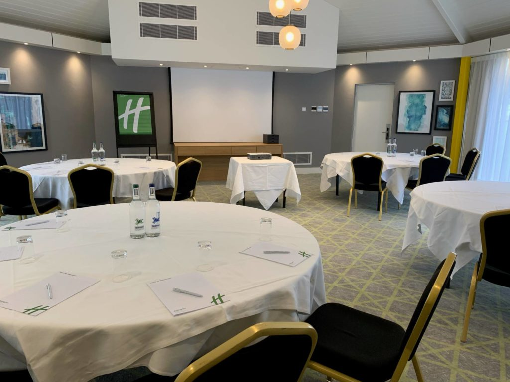 Octagon Suite for meetings